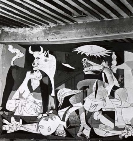 2019 07 Guernica-18-Musee-Picasso-Paris-Armée TLM