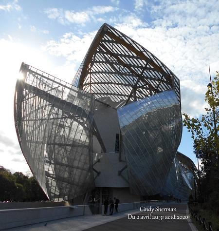 2020 16 cindy Sherman Fondation Vuitton TLM