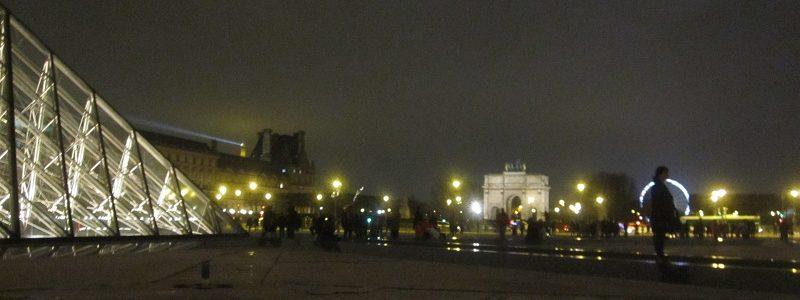 Louvre Pyramide Nocturnes TLM