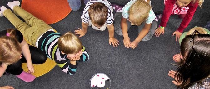 child kindergarten-504672_960_720 340 800 70p100