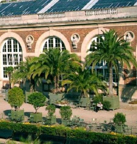 Vue extérieure de l'Orangerie du Sénat